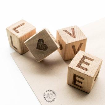 Cubes-bois-LOVE