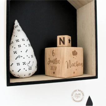 Cube-bois-naissance-grand-modele-etoile