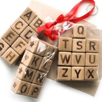 Cubes-bois-lettre-A-a-Z